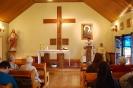 Nałęczów, Msza Święta w Kaplicy Domu Rekolekcyjnego, czyta Pani Monika