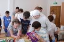 Pracownia tyflologiczna w Soli Deo, s. Rufina opowiada Uczniom i Nauczycielom o metodach pracy Mieszkanek
